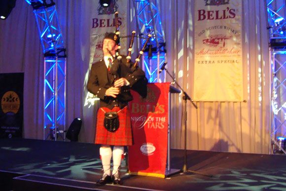 BAGPIPE PLAYER FOR HIRE