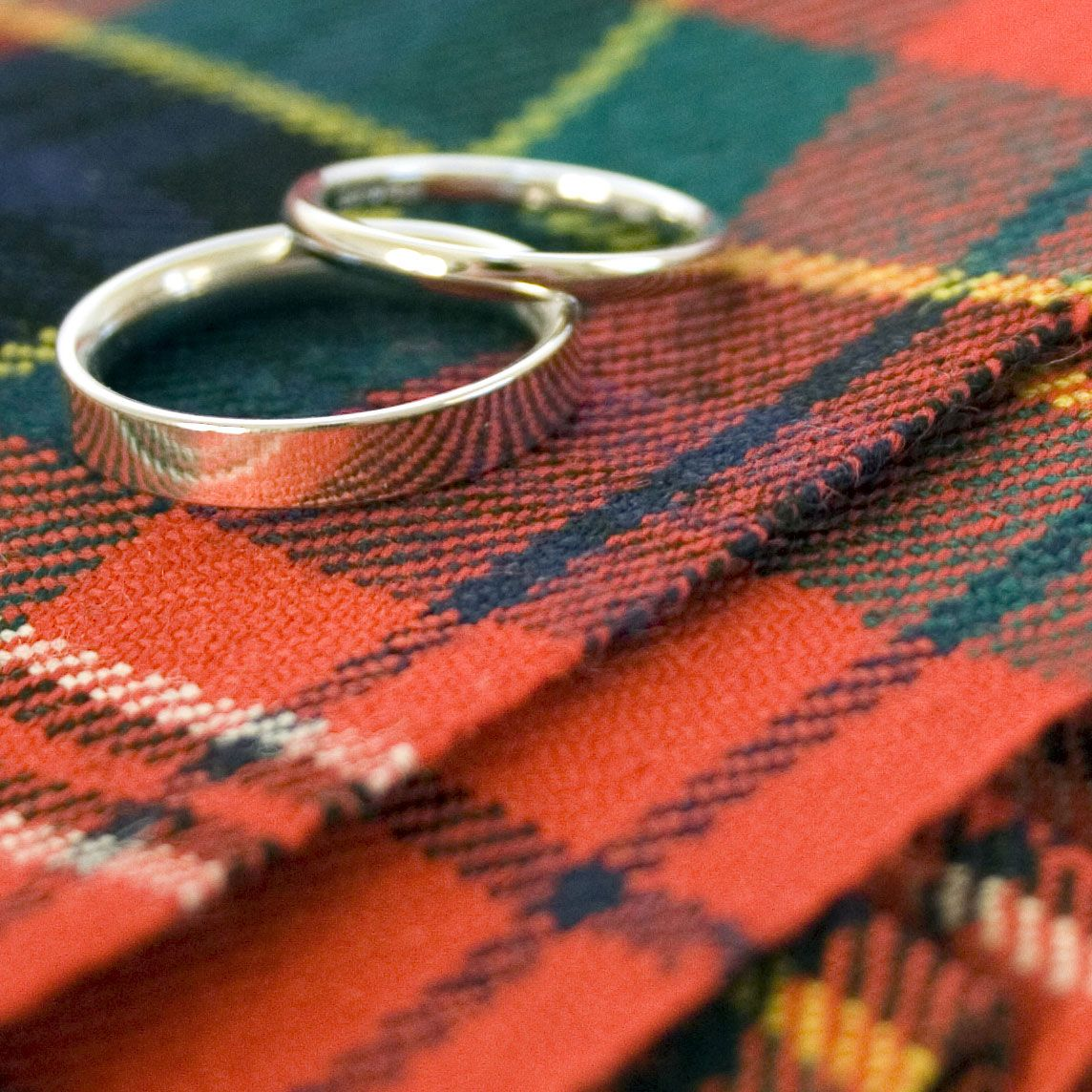 SA-bagpiper-Bagpiper Hire for Weddings - Tartan